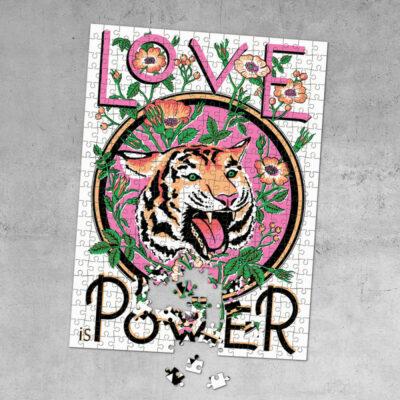 Pussel – Love Is Power
